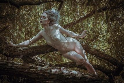 Model: My Fragility, Hair: Julia Lion Hair, Make-up: Iris Scholte