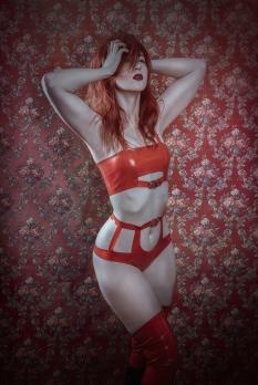 Christina Critter, latex: Dead Lotus Couture